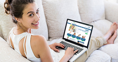 home-contact-woman-on-laptop-107939704